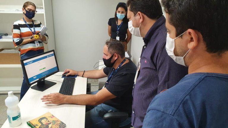 Equipe da Secretaria Municipal de Saúde (Sesau) esteve na tarde desta segunda-feira (25) visitando os hospitais de Campo Grande
