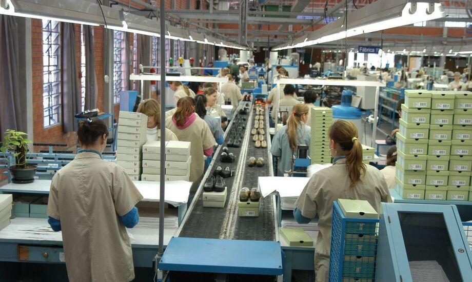Pesquisa da Confederação Nacional da Indústria (CNI) mostra que 82% das grandes empresas pretendem investir neste ano.