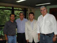 Durante a entrega do convite ao governador André Puccinelli para posse de Jary, na presidência do CR