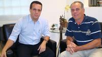 Lauro Davi será candidato à reeleição e terá como seu candidato à vice-presidente, Dr.Ricardo Ayache