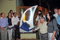 Momento do descerramento da placa inaugural do aterro sanitário que pôs fim ao lixão de Três Lagoas