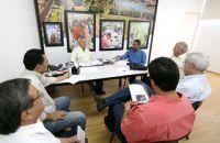 Vice-prefeito Edil Albuquerque se reuniu com representantes dos Conselhos Estadual e Federal de Econ