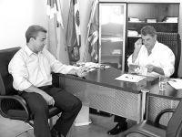 Presidente da Câmara de Sidrolândia, Nelson Feitosa e o prefeito Daltro Fiusa discutem renovação do