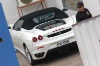 Ferrari epreendida pela polícia