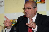 Ministro falou em relação ao aumento do salário mínimo