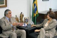 Delcídio diz que Dilma virá a MS em uma nova data a ser definida