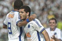 Cruzeiro conseguiu a virada com Ortigoza, mas Ceará fez no fim
