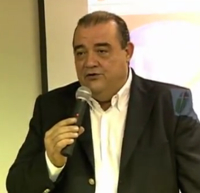 O médico e diretor-presidente do Hospital Ronaldo Perches Queiroz