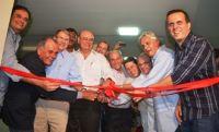 Políticos durante inauguração