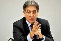 Pimentel pediu demissão para concorrer ao governo de Minas Gerais