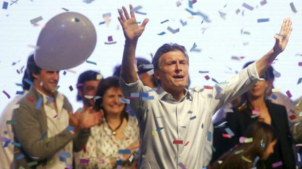 Macri lidera a disputa neste segundo turno –está oito pontos à frente do candidato da situação, Daniel Scioli.