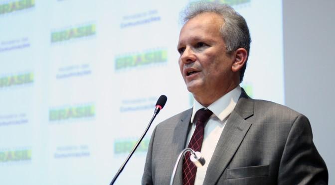 O ministro das Comunicações, André Figueiredo