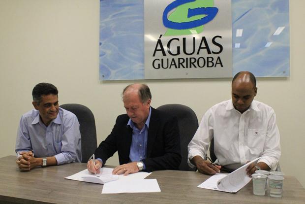 O convênio foi assinado por José João Fonseca, presidente da Águas Guariroba, Josélio Alves Raymundo, diretor executivo da concessionária e pelo presidente do CREA-MS, Dirson Freitag.