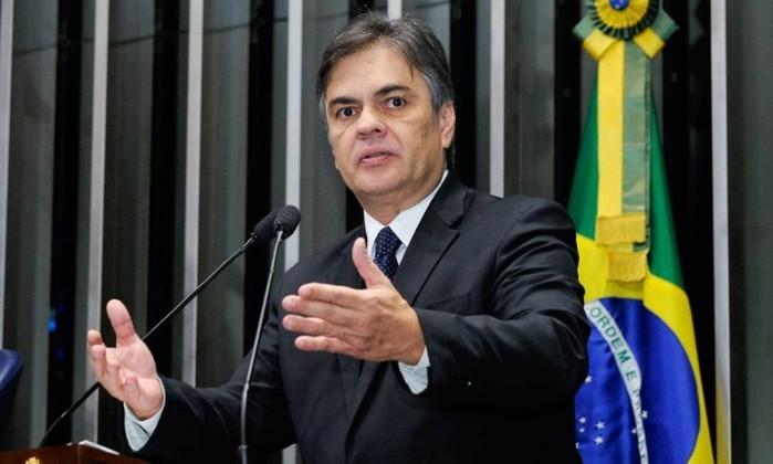 O próximo passo após a manutenção da prisão do senador Delcídio Amaral (PT-MS) pelo Senado Federal deverá ser a abertura de processo de cassação contra ele no Conselho de Ética da Casa. .