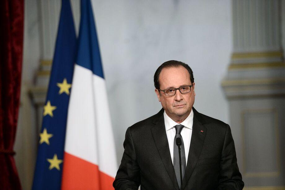 O presidente francês, François Hollande, fez um discurso pedindo unidade.