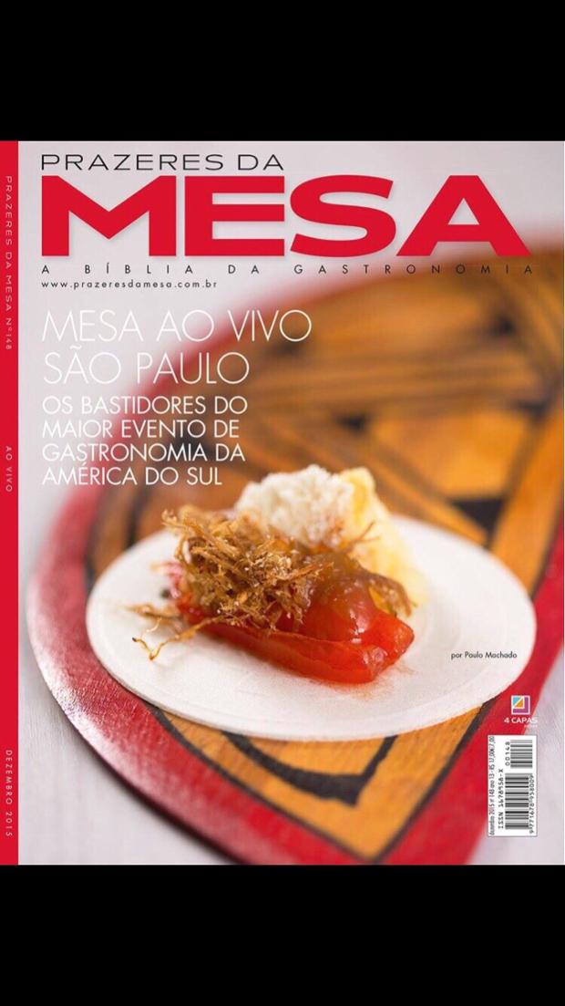 Paçoca de pilão com queijo Braz Matogrossense e pimenta glaceada sobre hóstia, prato que concorre à capa da revista Prazeres da Mesa, leva ingredientes regionais.