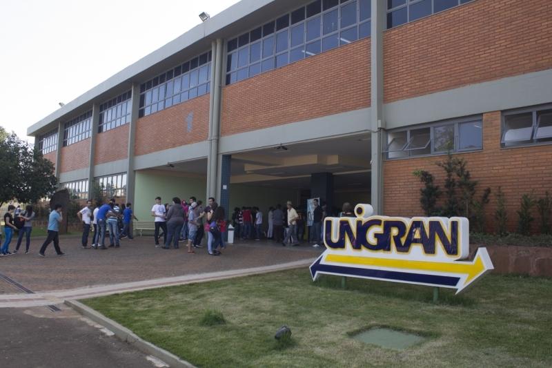 Os cursos da Unigran estão credenciados no Fies, ProUni e Vale Universidade. A Instituição ainda oferece Bolsa Estudante Indígena e a Bolsa Estágio Interno.
