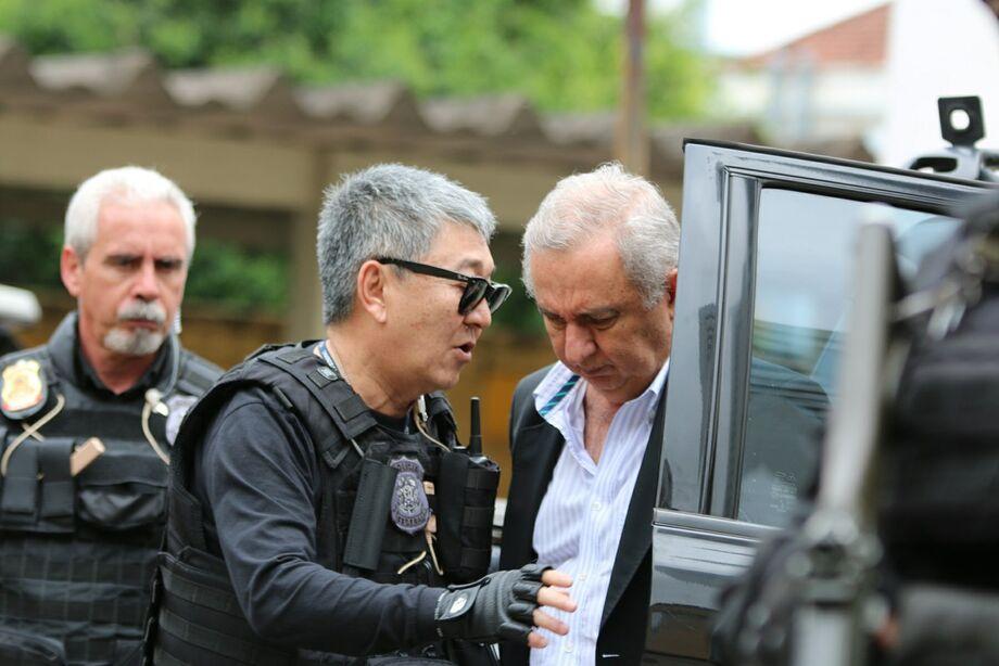O agente da Polícia Federal Newton Ishii agora é tema de marchinha de carnaval.