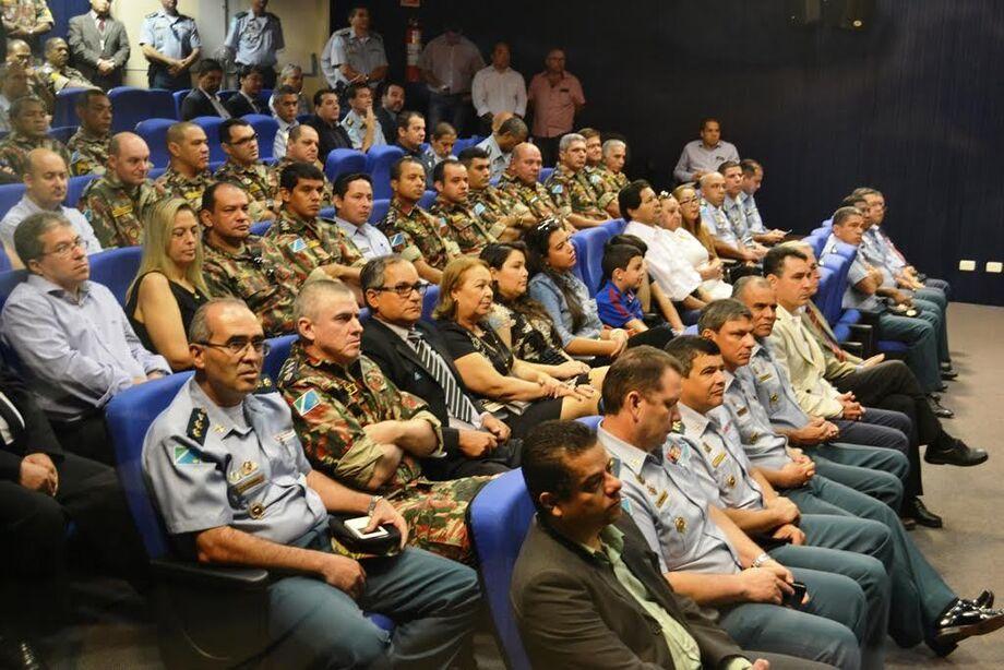 Varias autoridades Participaram da solenidade de troca de comando da Polícia Militar Ambiental