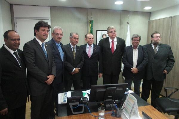 Aproveitando a ocasião do encontro, Mandetta apresentou ao ministro Marcelo Castro o projeto Hospital-SPA do Pantanal a ser implantado no município de Guia Lopes da Laguna, no Mato Grosso do Sul.