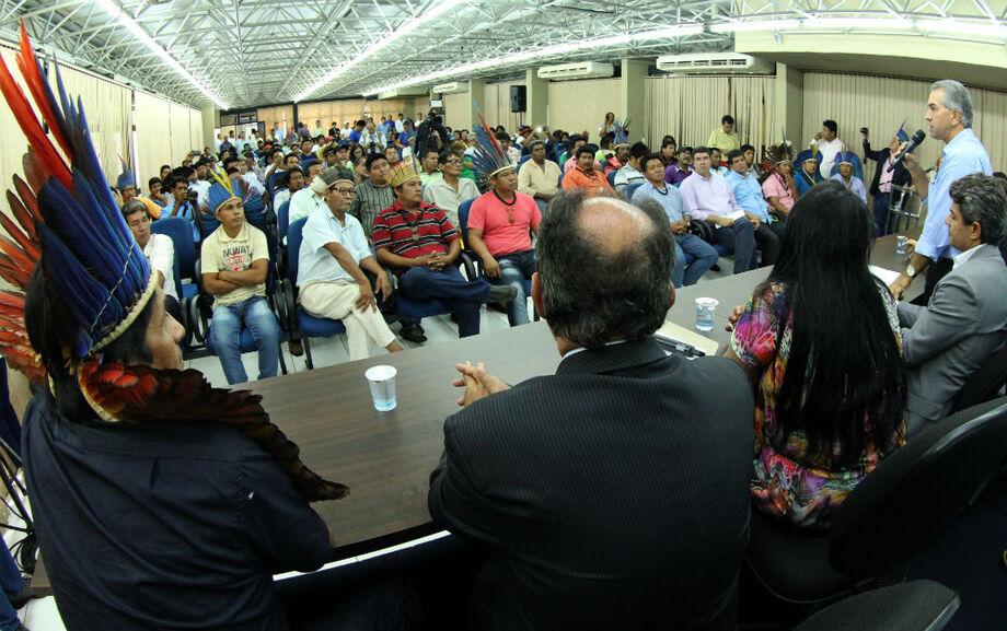 Reinaldo pediu que no dia da reunião com a presidente, as comidades façam pressão, para sensibilizar a presidente da República.