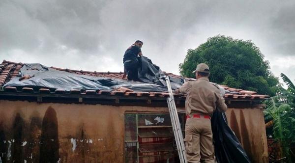 O material, que estava estocado na Defesa Civil Estadual, é mantido para ser usado em casos como este, de emergência.