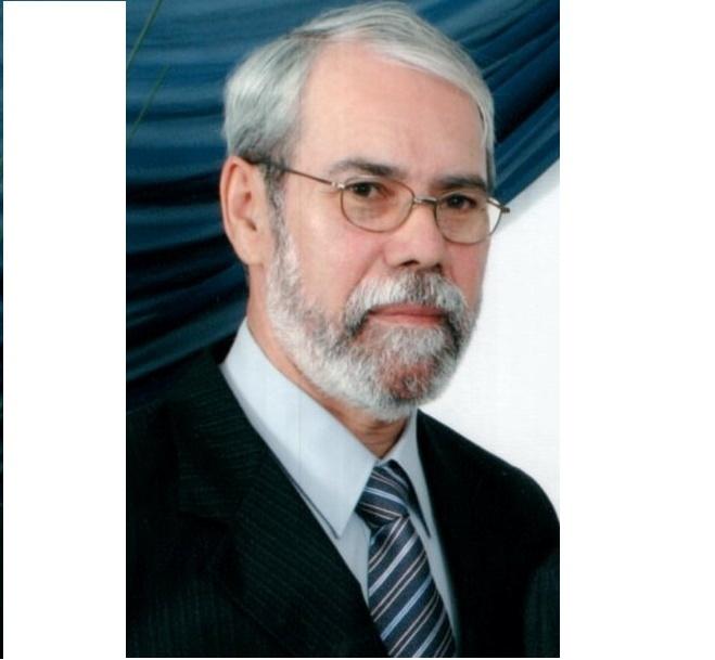 Luiz Carlos Amorim - Escritor, editor e revisor, Fundador e presidente do Grupo Literário A ILHA