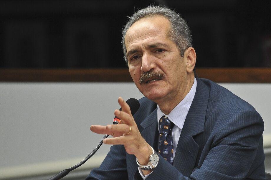 Ministro da Defesa Aldo Rebelo