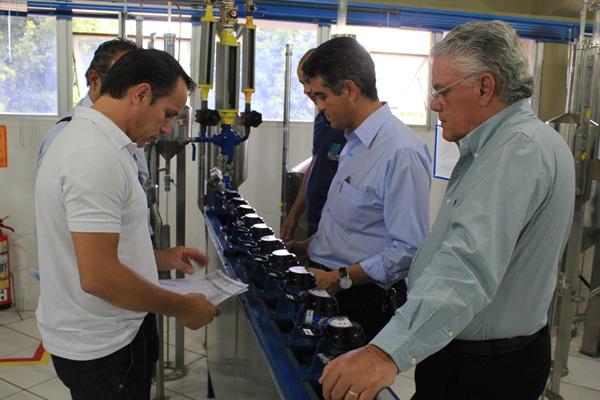 """""""Nós temos o interesse de melhorar e chegarmos ao nível do trabalho da Águas Guariroba em Campo Grande"""", declarou o prefeito de Itu, Antônio Gomes."""