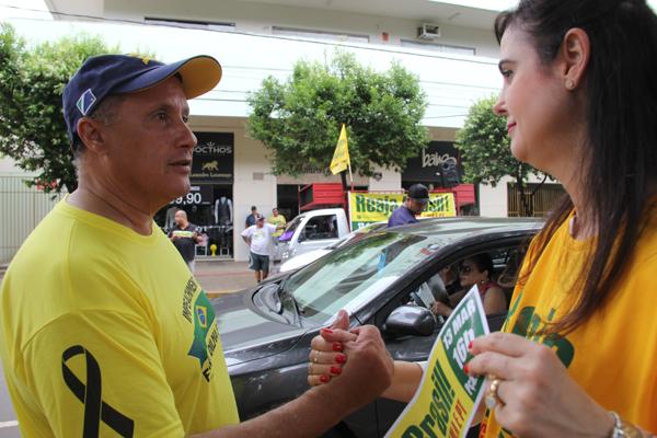 De acordo com a deputada, a pretensão para o próximo domingo é reunir pelo menos 50 mil pessoas na Capital, em uma caminhada que começa na praça do Rádio Clube Campo.