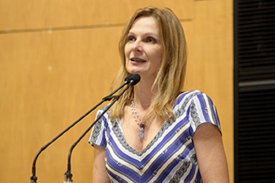 Vescovi é economista, mestre em economia do setor público (UNB) F