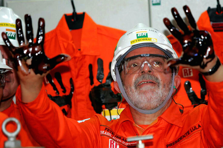 Corrêa disse que Lula gerenciou roubalheira à Petrobras pessoalmente