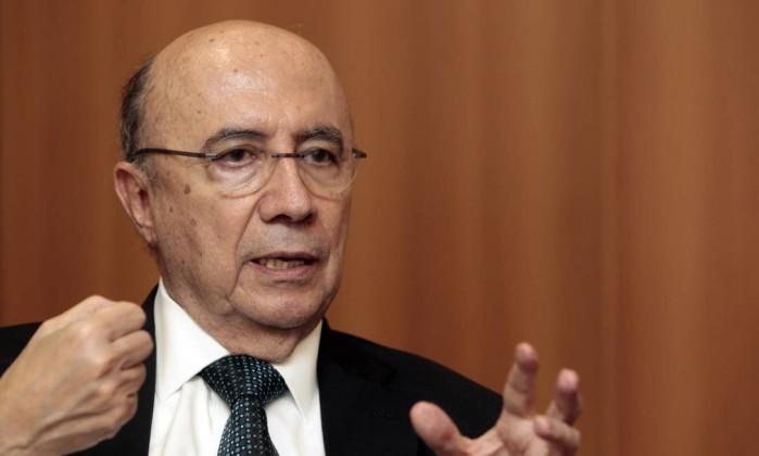 Segundo Meirelles, o país precisa urgentemente conter a expansão dos gastos públicos