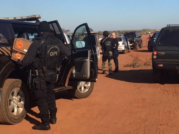 Policiais federais estão na região onde existe o conflito agrário