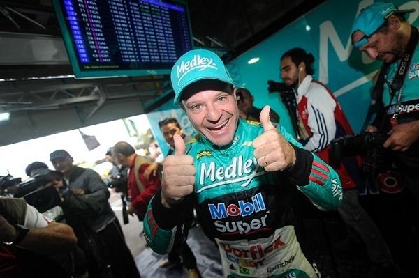 Barrichello supera tempo de Allam Khodair e larga na frente pela primeira vez no ano