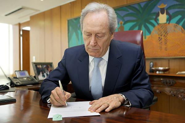 Presidente do Supremo Tribunal Federal, Ricardo Lewandowski, esteve na noite de ontem (2) no Senado Federal,