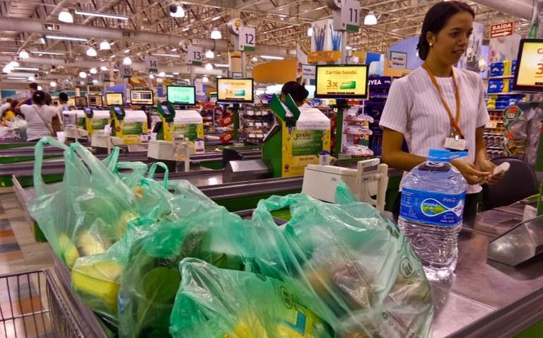 Banco Central trabalha para manter preços ao consumidor sob controle