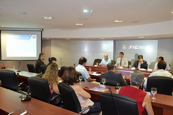 Segundo o presidente da Fiems, Sérgio Longen, Mato Grosso do Sul está fora dos parâmetros e um equilíbrio com os Estados vizinhos se faz necessário e urgente