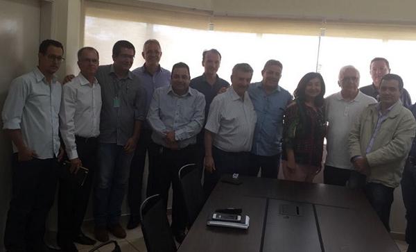 Na reunião, foram discutidas as ações de saneamento para melhorias nos sistemas de abastecimento de água já existentes