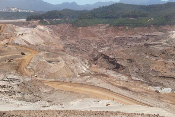 Mariana/MG - Rompimento da barragem do Fundão completa um ano (Roberto Franco/UFMG)