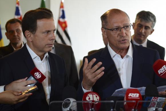 São Paulo - O governador Geraldo Alckmin (D) e o prefeito João Doria reúnem secretários do estado e da prefeitura em seminário de integração para discutir parcerias (Rovena Rosa/Agência Brasil)