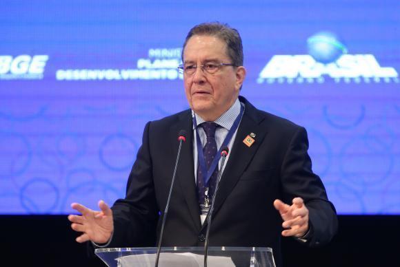 Brasília - O presidente do Instituto Brasileiro de Geografia e Estatística, Paulo Rabello Castro, participa da cerimônia de abertura do 3 Encontro Nacional de Chefes de Agências do instituto (Antonio Cruz/ Agênc