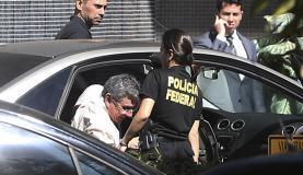 Brasília - Após ser preso na Operação Panatenaico, ex-vice-governador do DF Tadeu Filippelli chega à superintendência da Polícia Federal (José Cruz/Agência Brasil)