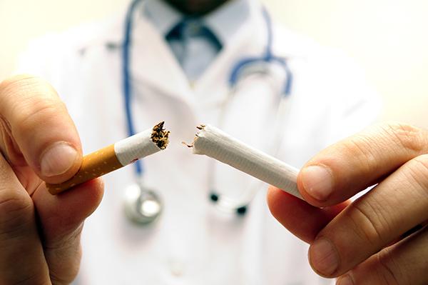 Em números absolutos, o tabagismo mata cerca de 6 milhões de pessoas por ano. A partir de 2030, esse número deve aumentar para 8 milhões
