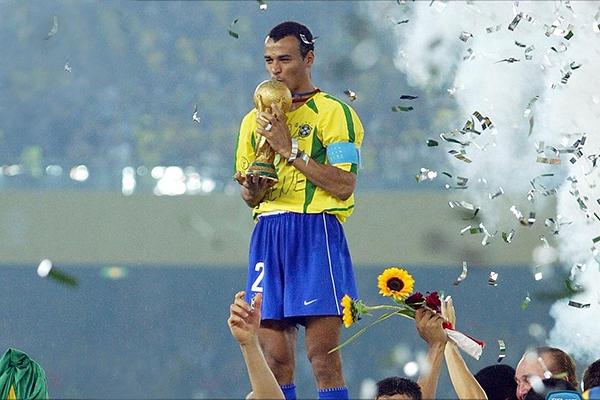 A partida com Cafu e grandes craques será realizada às 10 horas da manhã, no Estádio Jacques da Luz, nas Moreninhas.