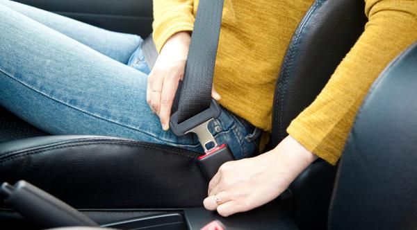 Ainda é necessário reforçar para os adolescentes e aos pais a importância do uso do cinto de segurança