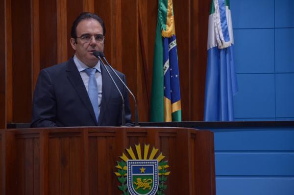 O parlamentar enviou emendas para atender às necessidades dos hospitais do município, que assim como outras cidades dependem da rede pública para atender a população