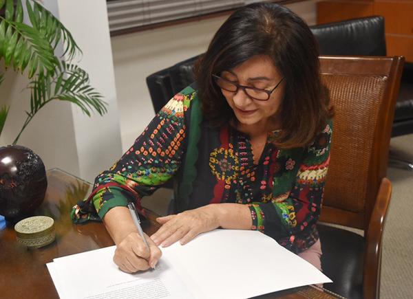 A prefeita Délia se mostrou muito aberta, disposta a atuar em conjunto conosco na organização e na divulgação do evento
