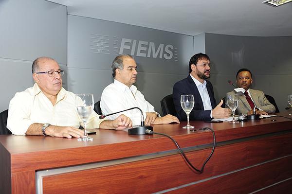 Sérgio Longen durante debate soreb as reformas que estão no Congresso Nacional