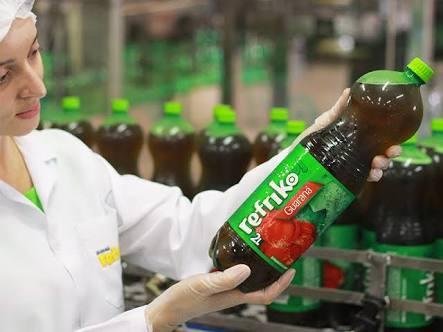 O grupo também é proprietário da fábrica de refrigerantes da marca Refriko